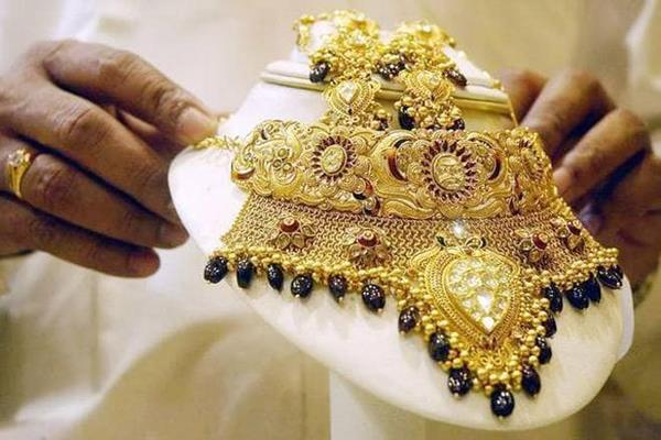 gold shines in october imports down 33 percent