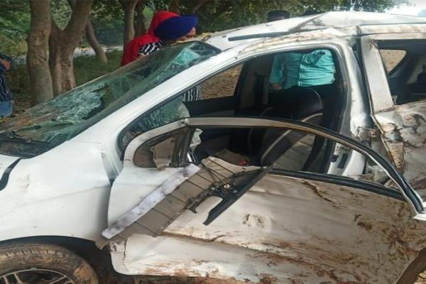 car collides with tree to save nilgai two youths die