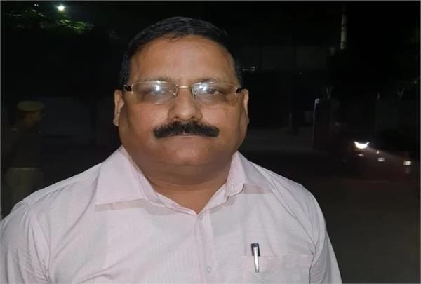 noida home guard salary scam commandant kripa shankar pandey arrested