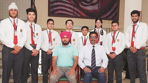 students of innocent hearts won 16 gold medals in karate championship