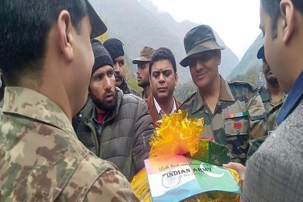 indian army presented humanity accidentally sent back pok civilian