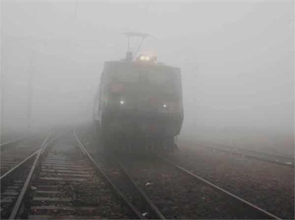 fog effect chandigarh unchahar express will be cancelled for one month