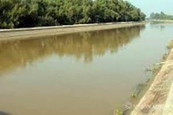 dead body of youth found in jln canal fear of murder