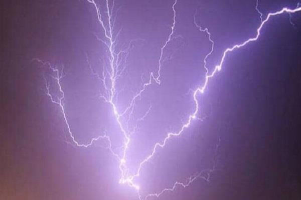 one person died due to lightning strikes in udhampur