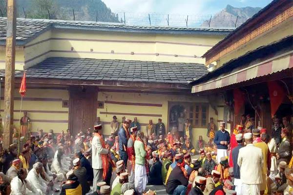 dev sansad in raghunath temple