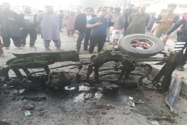 seven injured in a rickshaw blast in lahore