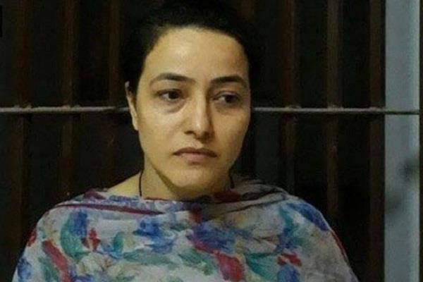 honeypreet used to wear designer clothes in jail used to do yoga to keep fit