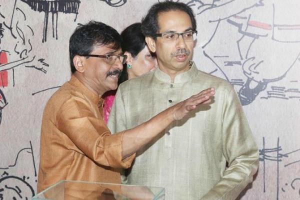 saints descended against uddhav thackeray s visit to ayodhya