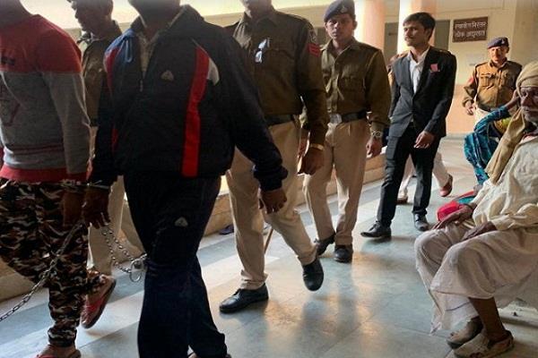 vyapam mahaghotala 31 accus convict constable recruitment punish 25 nov