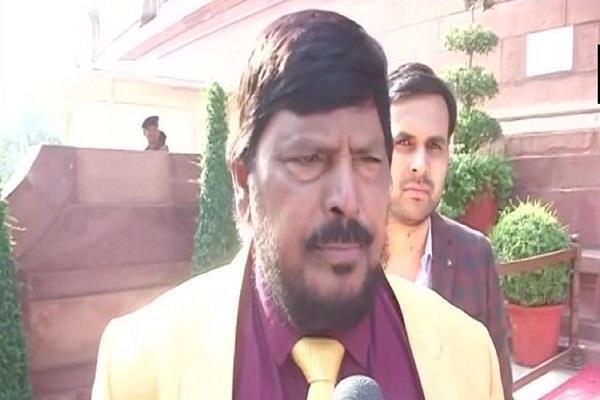 athawale suggested new formula to bjp shivsena