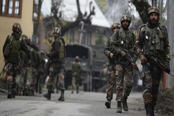 two army personnel died due to heavy snowfall in kupwara