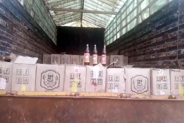 liquor consignment recovered from truck