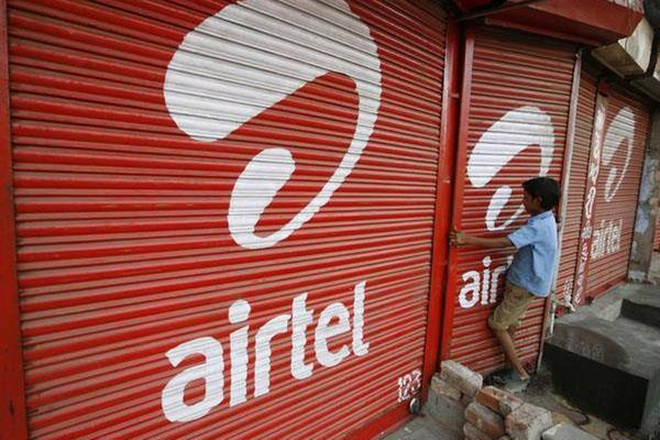 bharti airtel withdraws bid for rcom citing inappropriate behavior