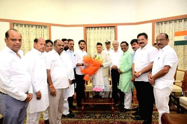congress ncp shiv sena leaders  meeting with governor postponed