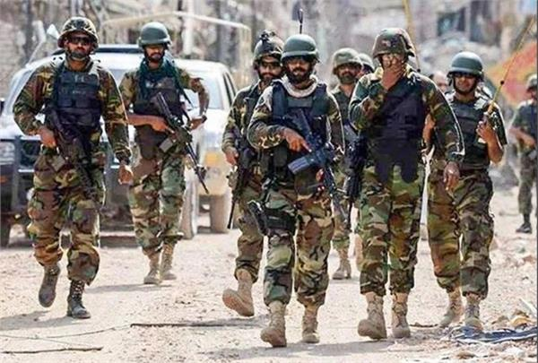 pak has deployed ssg commandos on the border with heavy weapons