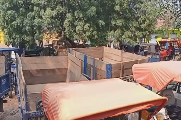 major adm action illegal mining 3 tractors machinery worth crores confiscated