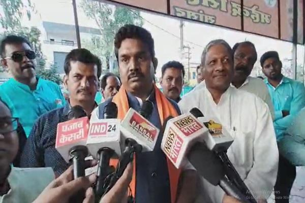 dewas stay high court construction help center petitions of bjp worker