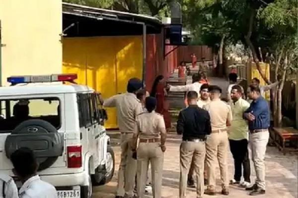 nityananda ashram in controversies serious allegations against servants