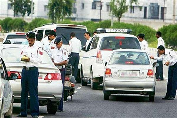 odd even 233 challans were deducted on first day in delhi