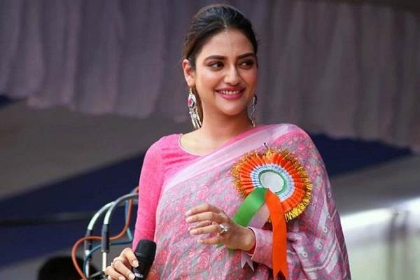 nusrat jahan participated in constitution day celebration