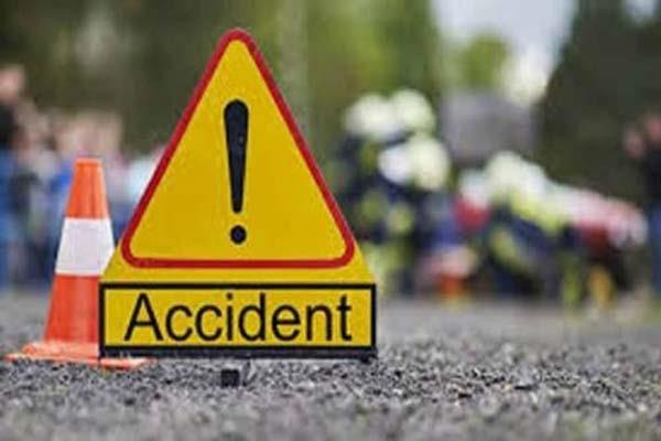 kangra road accident yuvak death