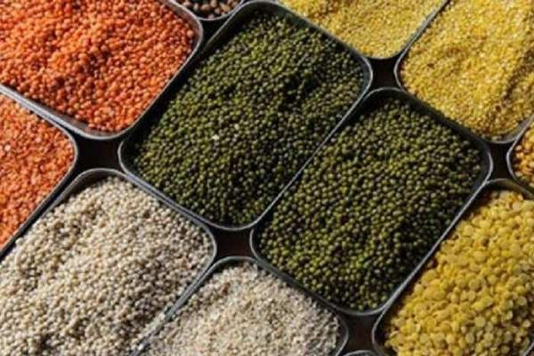 inflation common man stricken by rising prices of vegetables and pulses