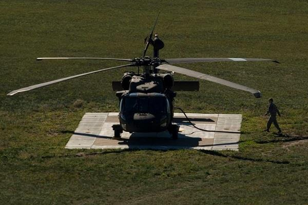 black hawk helicopter crashes in america