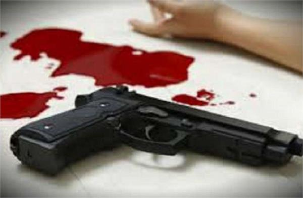 two dead including passerby killed in crossfire between two parties in bijnor