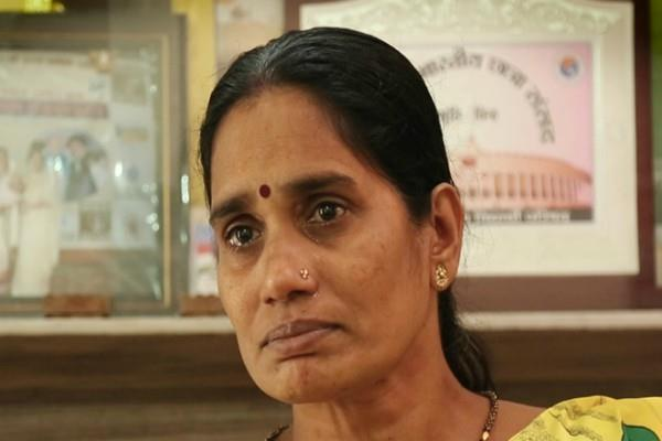 hyderabad gangrape nirbhaya mother thanked to hyderabad police