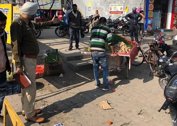removal of hawkers in road at rama mandi