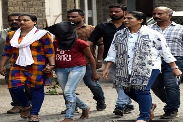 mumbai police arrested