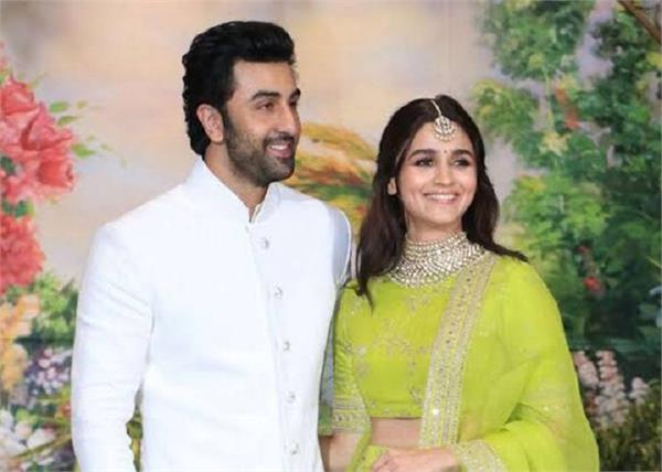 रणबीर-आलिया की शादी की तैयारियां हुई शुरू, नीतू यहां कराएंगे प्रोस्ट-वेडिंग पूजा!