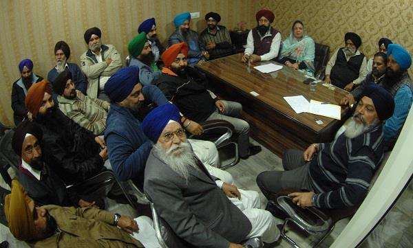 akali leaders united to teach makkar a lesson