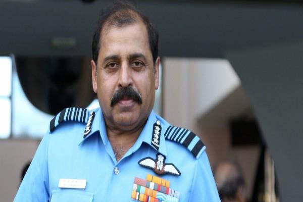 air chief marshal bhadoria was present at the base while firing at pearl harbor