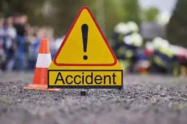 tragic accident 2 people killed in a collision between two bikes