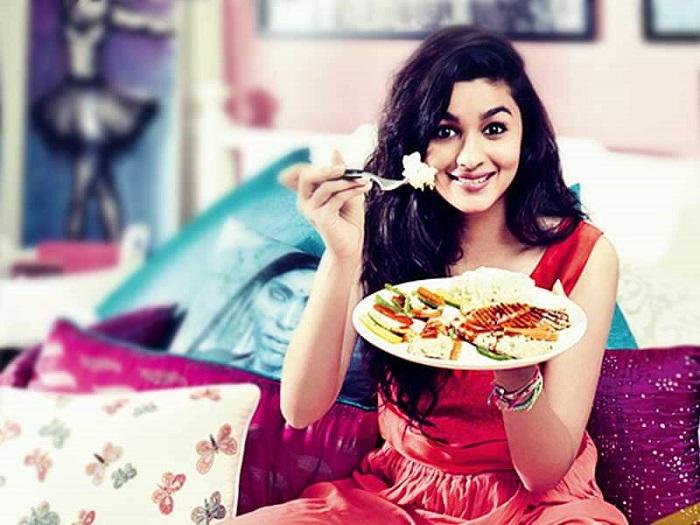 Image result for alia eating beetroot yogurt nari punjab kesari,nari