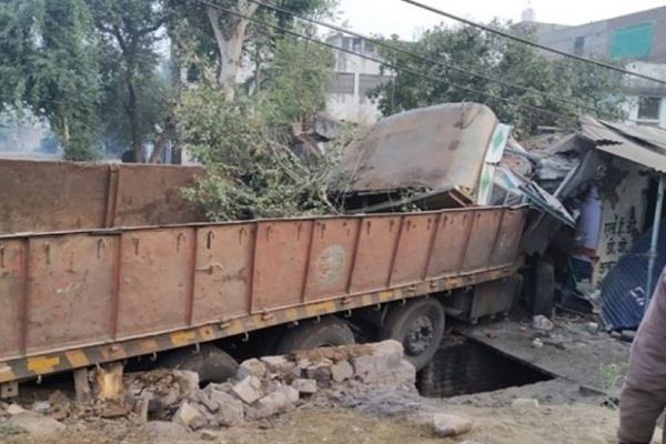 3 people died 3 separate accidents satna bhind morena distt mp