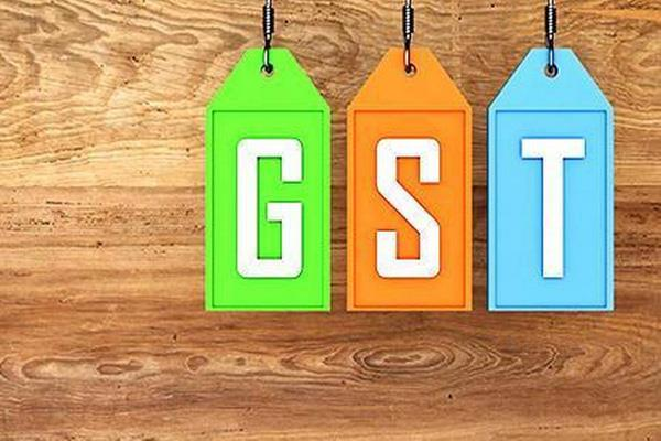niti aayog member said there should be only two rates of gst