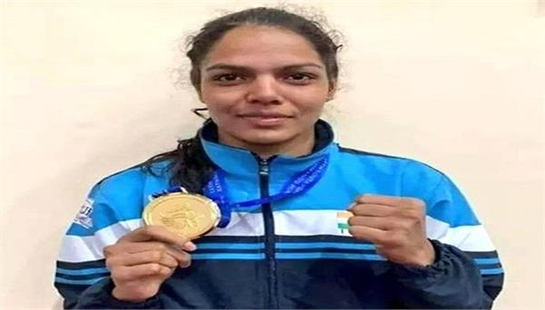 mp s daughter manju bamboria won gold medal