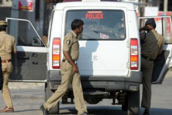 hyderabad rape case police sent notice to tv channels and social media sites