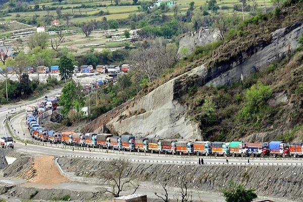jammu srinagar highway reopened after 15 hours
