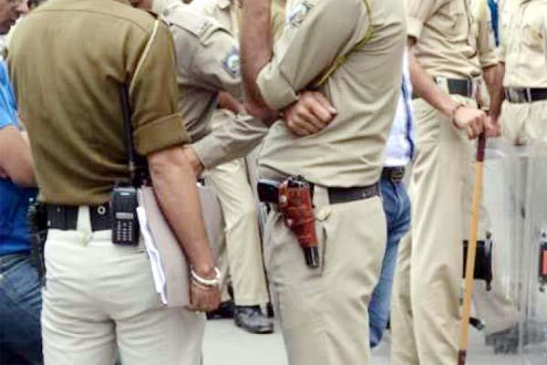 police personnel assaulted in hisar