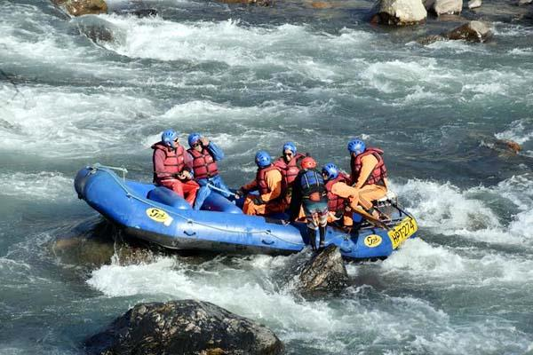 rafting in beas river