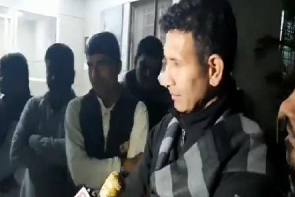 jeetu patwari told guest scholars i am elder brother end movement