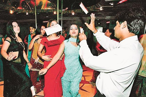 supreme court decides to ban dance bars