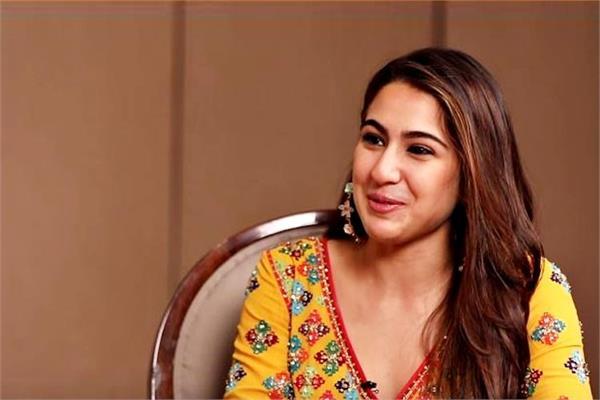 सारा अली खान ने खोले Lovelife सीक्रेट, पॉलिटिशन का नाती था Ex-Boyfriend