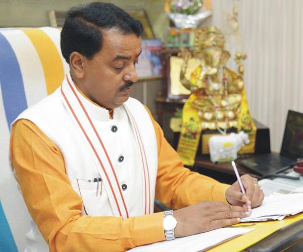 keshav maurya will act on poisonous