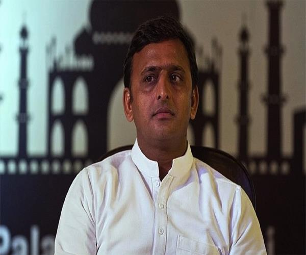 akhilesh yadav granted 13 mining leases in one day akhilesh yadav