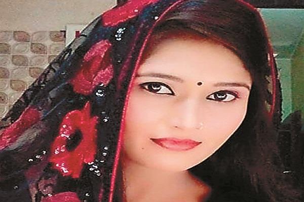 haryana singer shikha raghav arrested from bahadurgarh