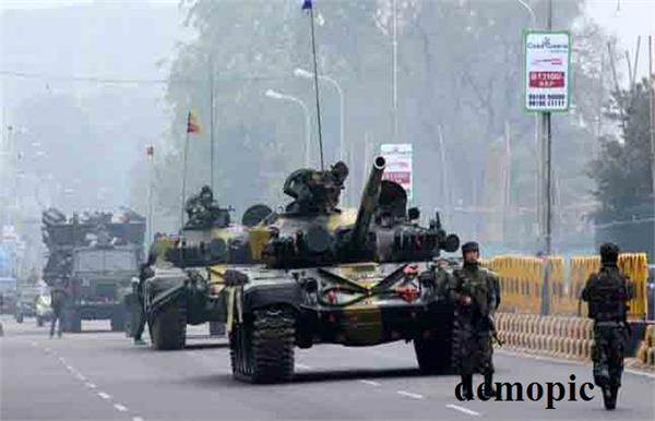 restrained entry of heavy vehicles in delhi for rehearsals